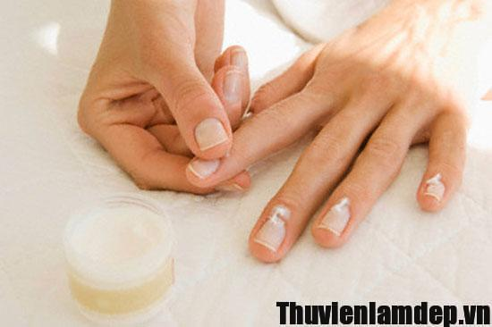 5 lưu ý chăm sóc móng tay đẹp, khỏe mạnh tại nhà