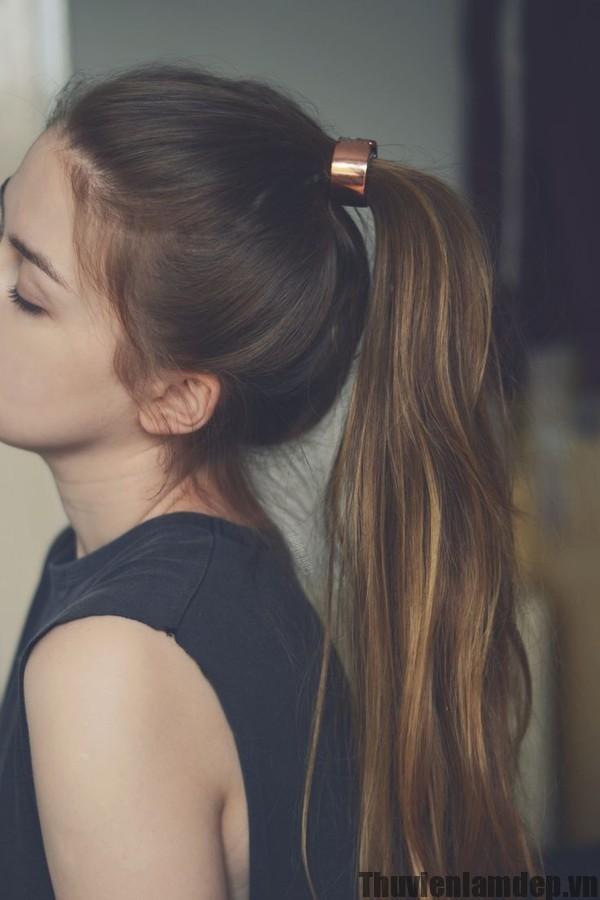 Những kiểu tóc tuy đẹp nhưng dễ gây tổn thương cho tóc